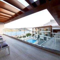 Rhapsody Hotel & Spa Kalkan Турция, Калкан - отзывы, цены и фото номеров - забронировать отель Rhapsody Hotel & Spa Kalkan онлайн бассейн