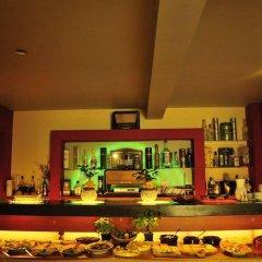 Отель Willa Zlocien гостиничный бар