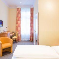Отель Uhland Германия, Мюнхен - отзывы, цены и фото номеров - забронировать отель Uhland онлайн комната для гостей фото 2