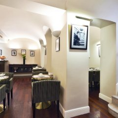 Отель Golden Tulip Washington Opera Франция, Париж - 11 отзывов об отеле, цены и фото номеров - забронировать отель Golden Tulip Washington Opera онлайн гостиничный бар