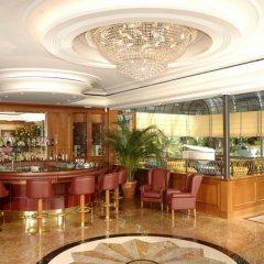 Отель SIMPLON Бавено гостиничный бар