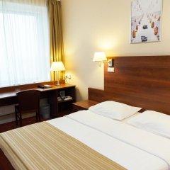 Гостиница Максима Панорама 3* Стандартный номер с двуспальной кроватью