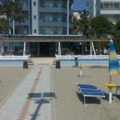 Отель Ylli i Detit Hotel Албания, Дуррес - отзывы, цены и фото номеров - забронировать отель Ylli i Detit Hotel онлайн пляж фото 2