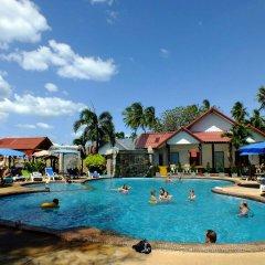 Отель Blue Andaman Lanta Resort Ланта бассейн