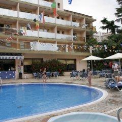 Отель Bon Repòs бассейн фото 3