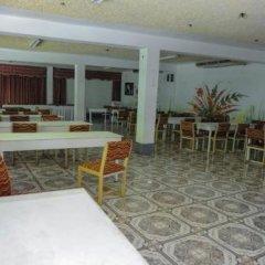Отель Gloriana Hotel Ямайка, Монтего-Бей - отзывы, цены и фото номеров - забронировать отель Gloriana Hotel онлайн питание