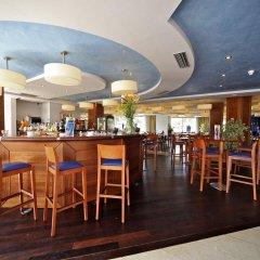 Отель Marins Cala Nau гостиничный бар