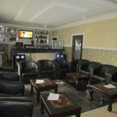Отель Golf Le'Meridien Hotels Энугу гостиничный бар