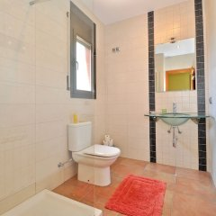 Отель Villa Carmens Lloretholiday Бланес ванная фото 2