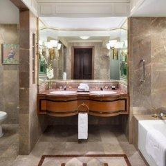 Отель Shangri-la Бангкок ванная фото 2