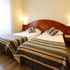 Отель Baviera Mokinba Милан комната для гостей фото 2