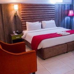 Glee Hotel комната для гостей