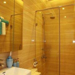 Отель Mayfair Hotel & Apartment Hanoi Вьетнам, Ханой - отзывы, цены и фото номеров - забронировать отель Mayfair Hotel & Apartment Hanoi онлайн ванная