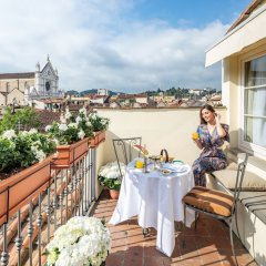 Отель Relais Santa Croce by Baglioni Hotels Италия, Флоренция - отзывы, цены и фото номеров - забронировать отель Relais Santa Croce by Baglioni Hotels онлайн балкон