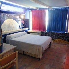 Отель Hostal Los Caracoles комната для гостей фото 4