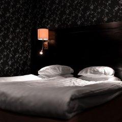 Отель Hotell & Värdshuset Clas på hörnet сейф в номере