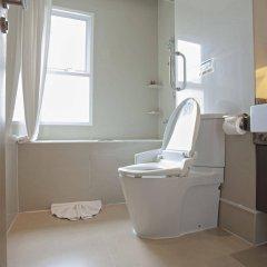 Отель V Residence Bangkok Таиланд, Бангкок - отзывы, цены и фото номеров - забронировать отель V Residence Bangkok онлайн ванная фото 2