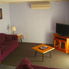 Отель Homestead Motel комната для гостей фото 4