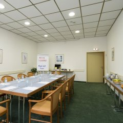 Отель arte Hotel Wien Stadthalle Австрия, Вена - 13 отзывов об отеле, цены и фото номеров - забронировать отель arte Hotel Wien Stadthalle онлайн помещение для мероприятий
