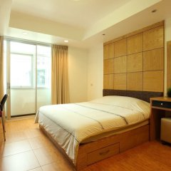 Отель Serena Sathorn Suites комната для гостей фото 2
