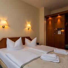 Отель SensCity Hotel Berlin Spandau Германия, Берлин - отзывы, цены и фото номеров - забронировать отель SensCity Hotel Berlin Spandau онлайн сейф в номере