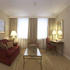 Апартаменты Marriott Executive Apartments Millennium Court комната для гостей