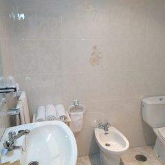 Отель Hostal Mourelos фото 7