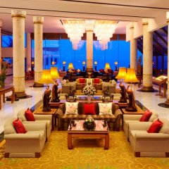 Отель Royal Wing Suites & Spa Таиланд, Паттайя - 3 отзыва об отеле, цены и фото номеров - забронировать отель Royal Wing Suites & Spa онлайн интерьер отеля фото 3