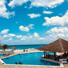 Отель Condominios Brisas Cancun Zona Hotelera бассейн фото 2