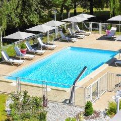 Отель Novotel Genève Aéroport France Франция, Ферней-Вольтер - отзывы, цены и фото номеров - забронировать отель Novotel Genève Aéroport France онлайн бассейн