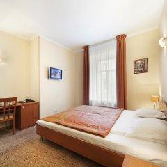 Мини-отель Соло на Большом Проспекте сейф в номере