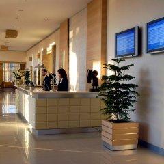 WOW Airport Hotel интерьер отеля фото 3