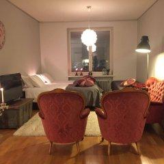 Апартаменты Sauna Apartment In The Heart Of The City Ювяскюля комната для гостей фото 2