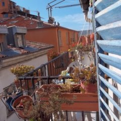 Апартаменты Apartment With one Bedroom in Nice, With Wonderful Mountain View, Furnished Balcony and Wifi Ницца балкон