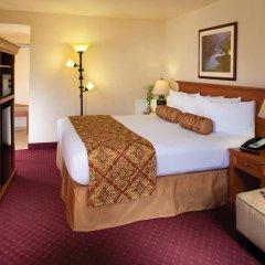 Отель Red Feather Lodge комната для гостей фото 2