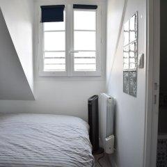 Отель Cosy Renovated 1 Bedroom Apartment in 10th Франция, Париж - отзывы, цены и фото номеров - забронировать отель Cosy Renovated 1 Bedroom Apartment in 10th онлайн комната для гостей фото 2