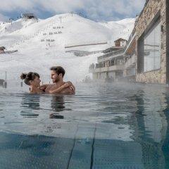 Отель Alpenhotel Enzian Зёльден бассейн фото 2