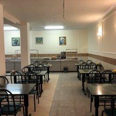 Гостиница ЛеЛюкс в Ольгинке отзывы, цены и фото номеров - забронировать гостиницу ЛеЛюкс онлайн Ольгинка питание фото 2