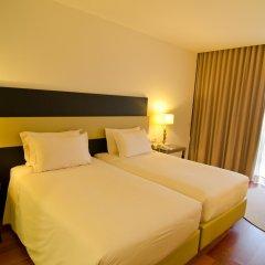 Отель Crowne Plaza Vilamoura Португалия, Виламура - 2 отзыва об отеле, цены и фото номеров - забронировать отель Crowne Plaza Vilamoura онлайн комната для гостей фото 4