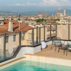 Отель NH Firenze балкон