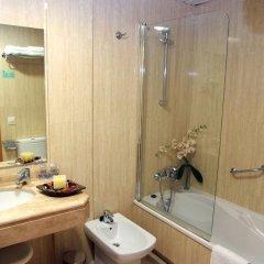 Отель La Noyesa ванная фото 2