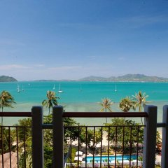 Отель By the Sea балкон