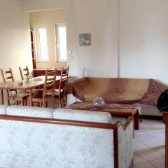 Отель House With 4 Bedrooms in Artemis, With Wonderful sea View and Enclosed гостиничный бар