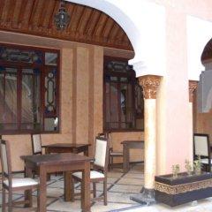 Отель Riad Marrakech House гостиничный бар