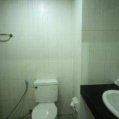 Отель Krabi Hipster Hotel Таиланд, Краби - отзывы, цены и фото номеров - забронировать отель Krabi Hipster Hotel онлайн ванная фото 2