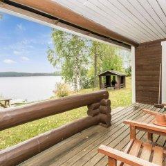 Отель Holiday Home Metsa¤-Pihlaja Финляндия, Ювяскюля - отзывы, цены и фото номеров - забронировать отель Holiday Home Metsa¤-Pihlaja онлайн балкон