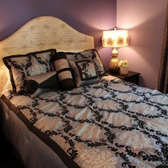 Отель Cinema Suites Bed & Breakfast США, Лос-Анджелес - отзывы, цены и фото номеров - забронировать отель Cinema Suites Bed & Breakfast онлайн комната для гостей фото 2