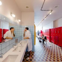 Fabrika Hostel & Suites - Hostel Тбилиси спа