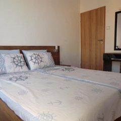 Отель Guest House Petrovi Болгария, Равда - отзывы, цены и фото номеров - забронировать отель Guest House Petrovi онлайн сейф в номере
