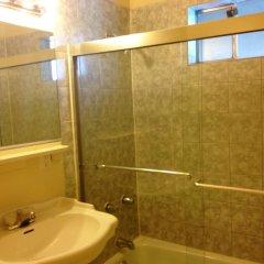 Отель Las Vegas Hostel США, Лас-Вегас - отзывы, цены и фото номеров - забронировать отель Las Vegas Hostel онлайн ванная